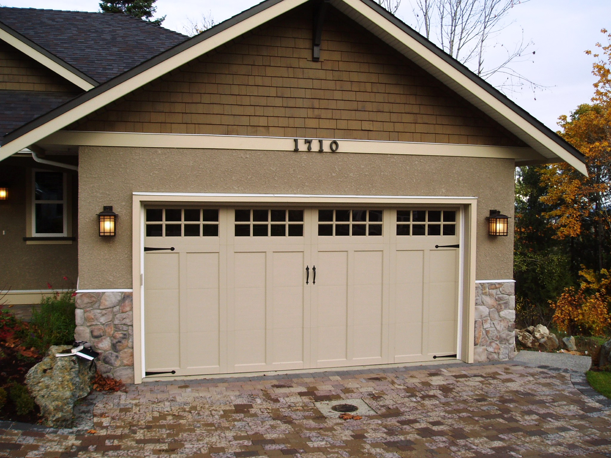 Coachman collection harbour door for 2 door garage door