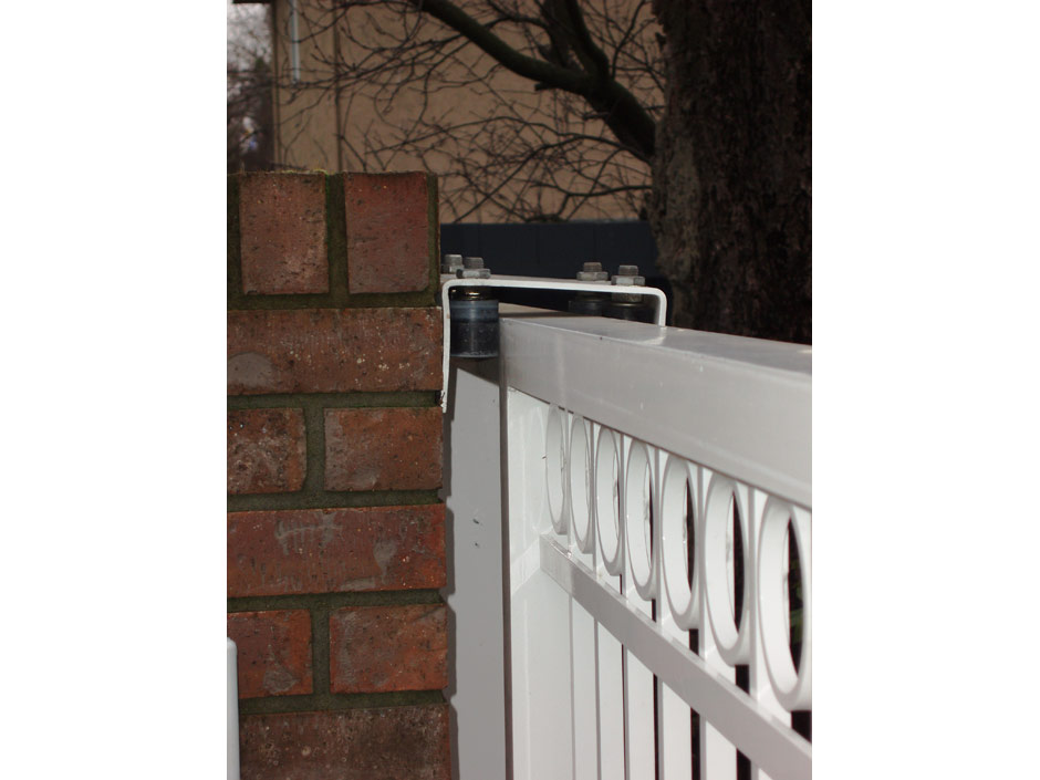 Gate mounting components harbour door for Sliding main door