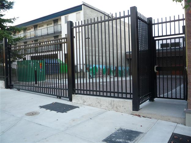 FS 05 - Commercial security fencing with matching pedestrian gate with security mesh
