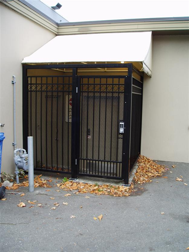 FS 14 Custom commercial aluminum enclosure with matching pedestrian gate with special lock