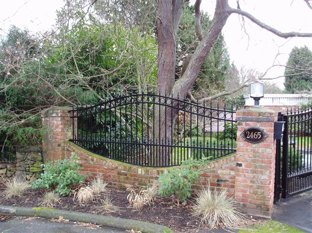 FS02 Custom Perimeter Infill Fencing to Match Double Swing Gate