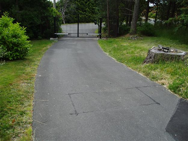 GC 23 In ground exit loop cut into asphalt
