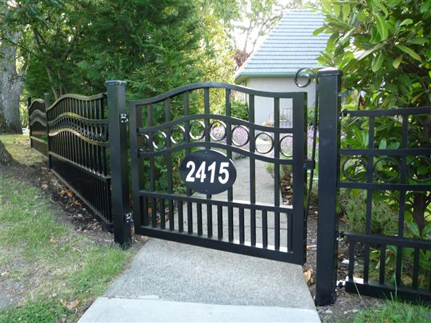 PG 03 - Garden gate style ped gate to match perimeter fencing,  mounted on aluminum posts