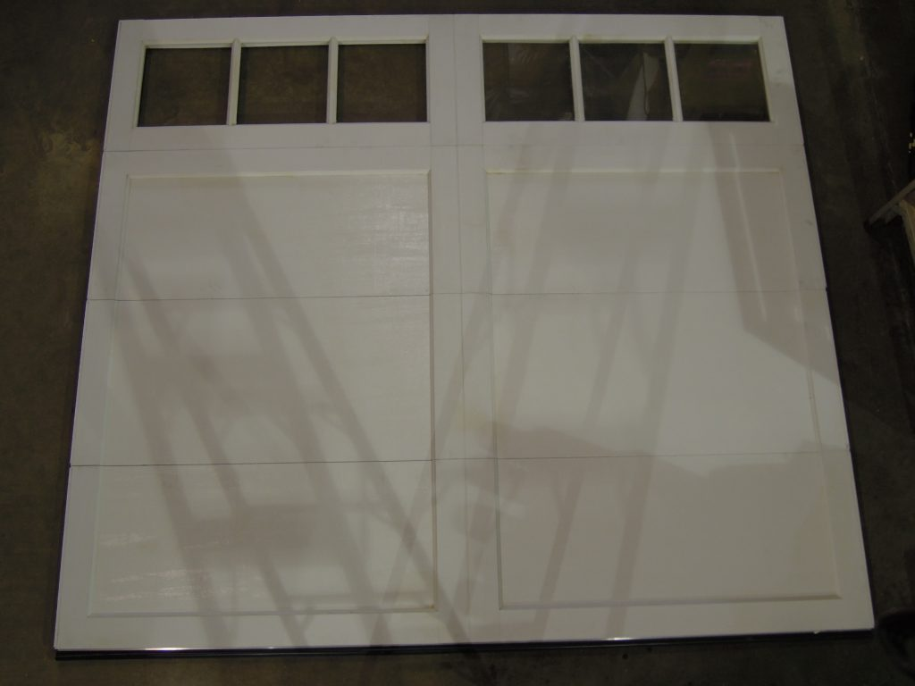 9' x 8' Coachman Series, Model CD11 c/w REC13 Glass, White - Slight damage on interior of bottom section - see picture above