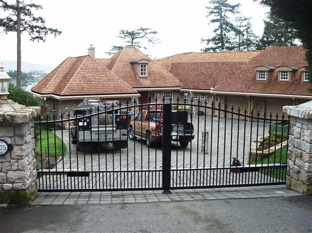 SWG 17 Aluminum gate style 12