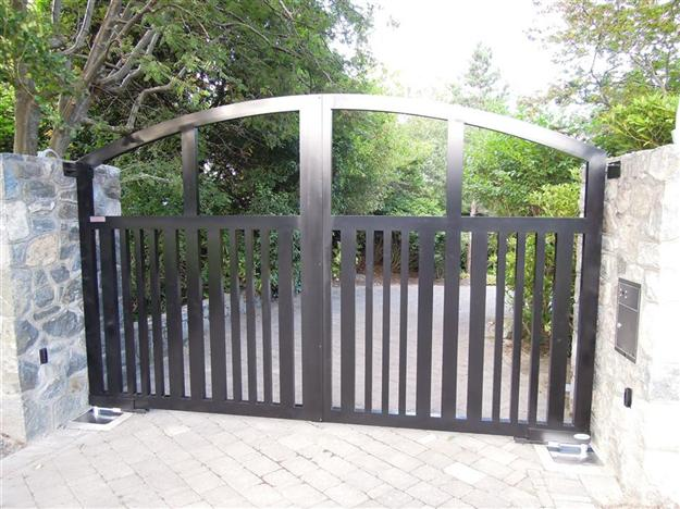 SWG Custom aluminum gate fabricated with 4x2 and 2x2 tubing with inground FAAC operators