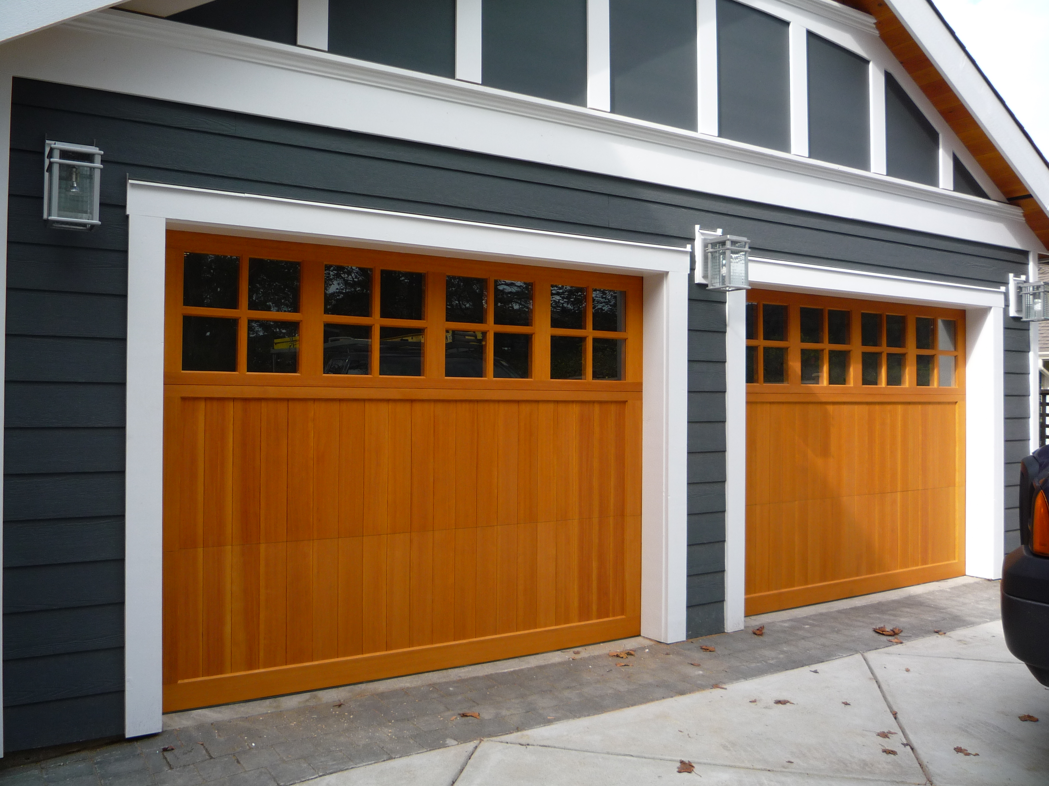 Ch11 carriage house wood fir overlay with square true for Wood overlay garage doors