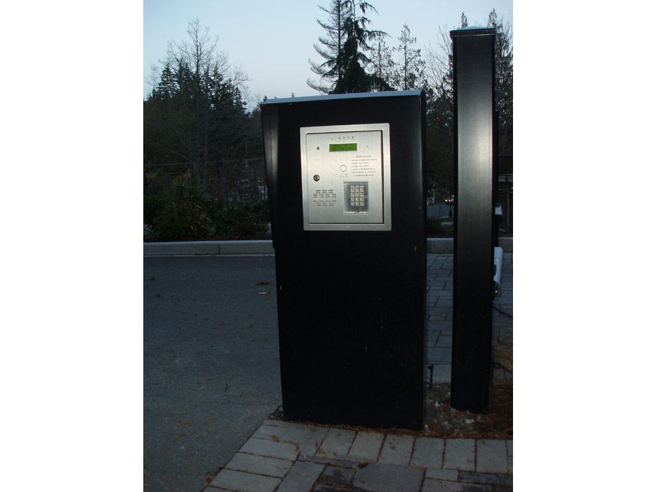 GC39 Custom Kiosk to House Commercial Telephone Entry System