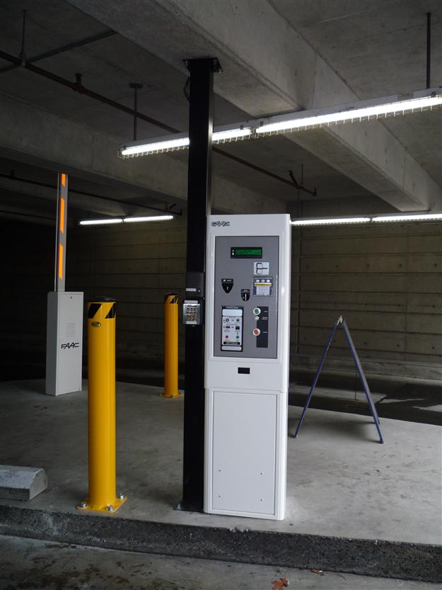 PS05 Cale Parkade Pay Station